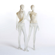 Bonami mannequins_Collection Shiki_Female abstracte collection_transparent bedekt met fluweel