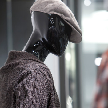 Bonami mannequins_Collection Shiki_male abstract mannequin_windowinspiration-mannequin_perfect fit