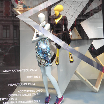 Bonami mannequins_Collection Shiki_Female abstract collection_shopwindow