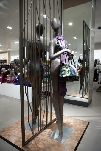 Bonami mannequins_collection voyage_female mannequin for accessoiries_bags