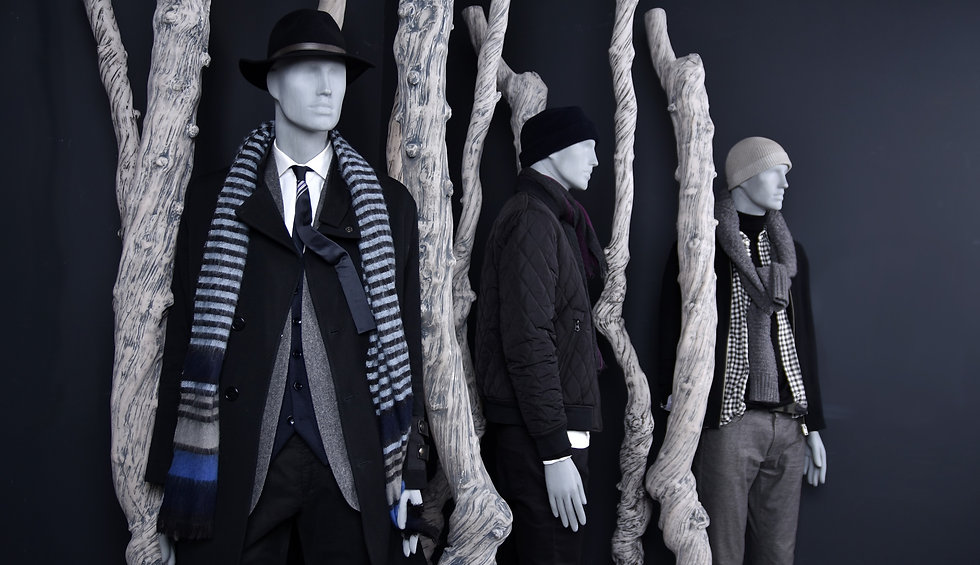Sustainable male mannequins