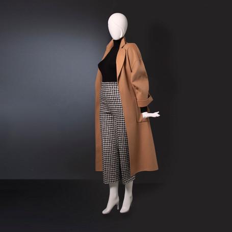 Bonami mannequins_Collection Glamaga plus_plus size mannequin abstract