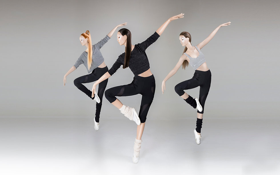 Dancing display figure mannequins