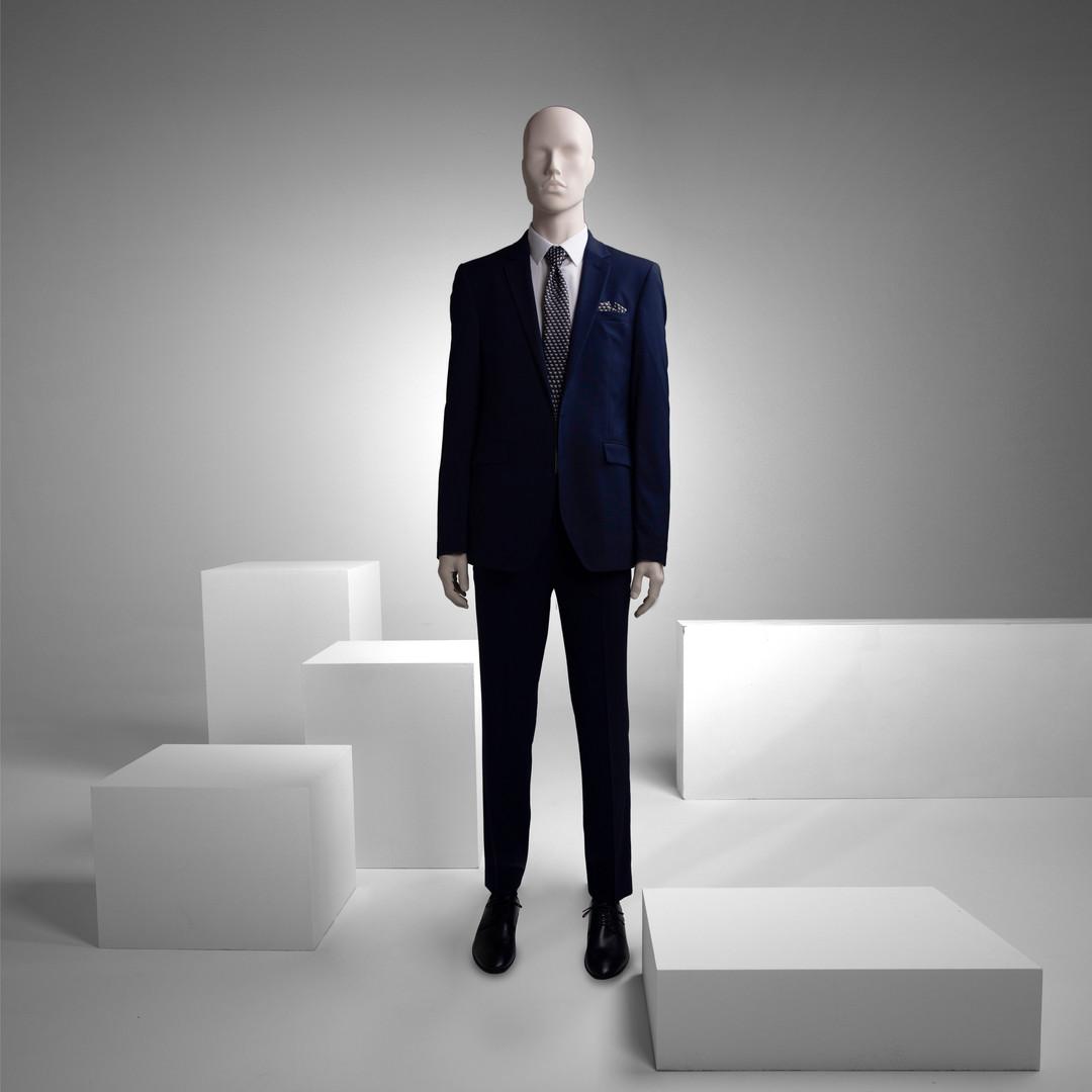 Mannequins for suits
