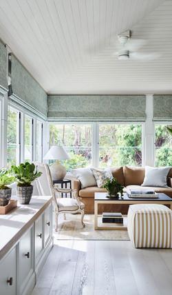 small-living-room-design
