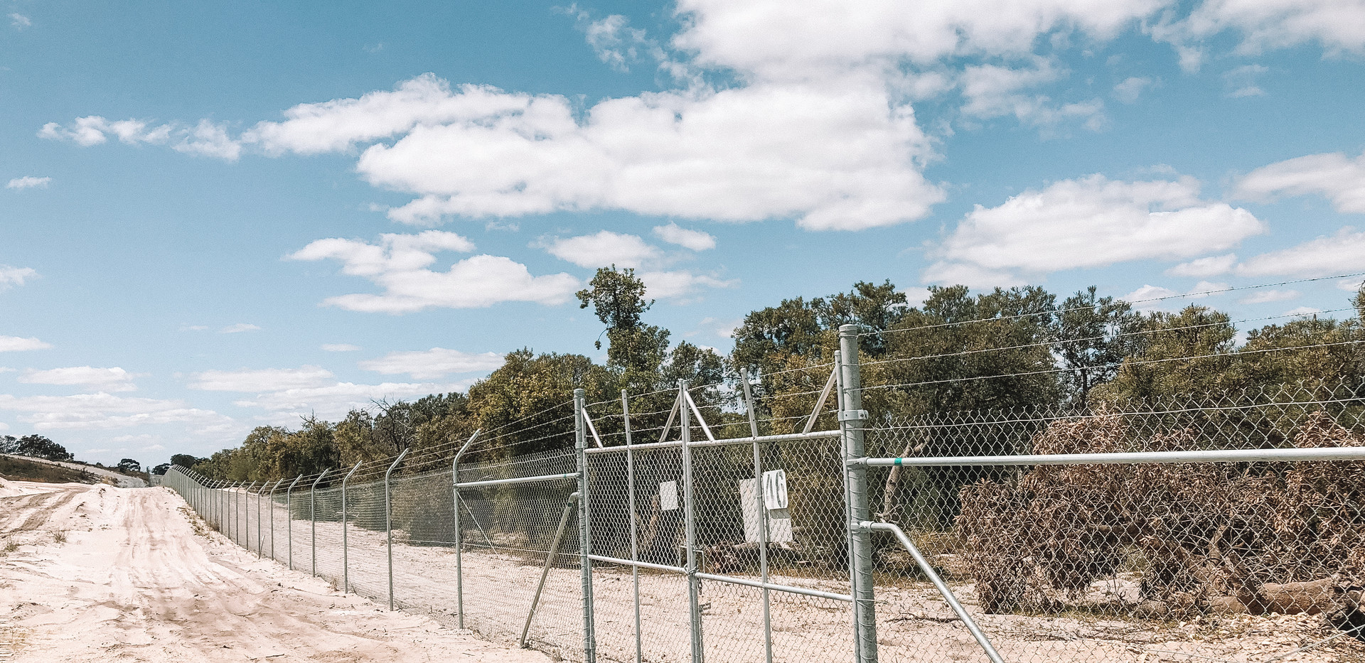 Jandakot Airport security fence.jpg
