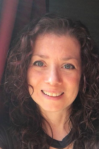 Michelle Kennedy has been a Reiki Master & Teacher for over 10 years. Sessions with her often include sound-healing, aromatherapy, and crystal chakra realignment. Michelle has offices in Brooklyn and Woodstock, NY and works with people or pets of all ages.