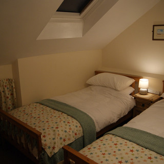 The Stables - Twin Bedroom