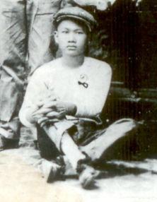 Denis 1910 Hong Kong.jpg
