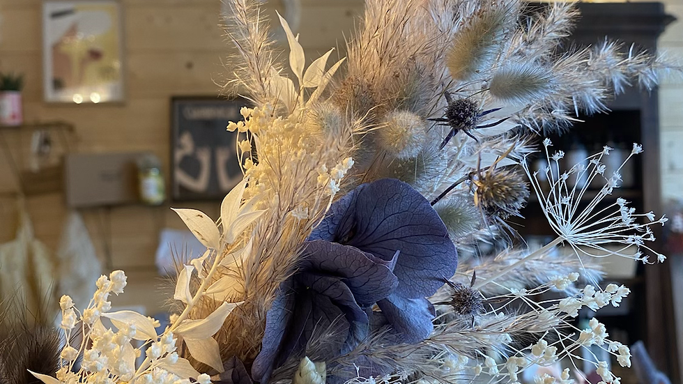 Couronne corde et fleurs séchées