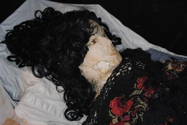 Elena 2.0 kept Tanzler company in his final years