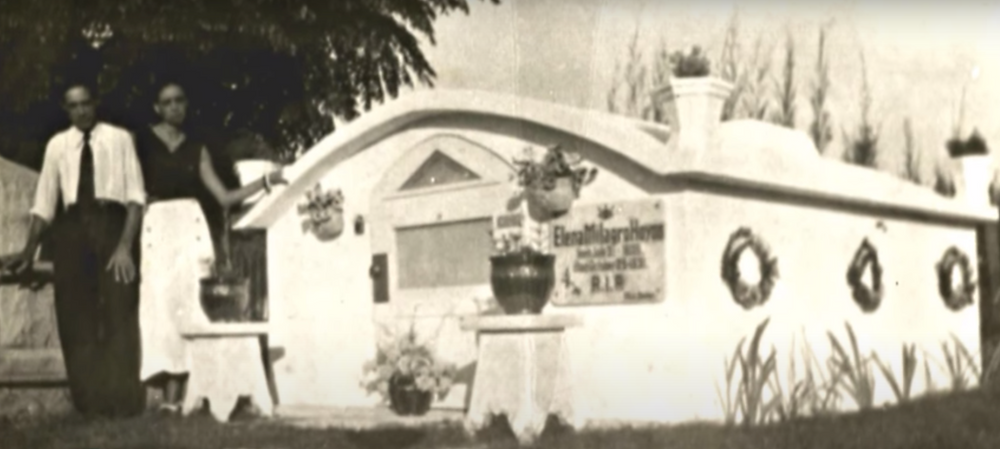 Elena's relatives at her elaborate tomb