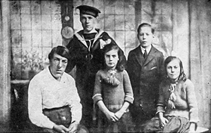 Mary Ann with her four kids, who she was utterly devoted to