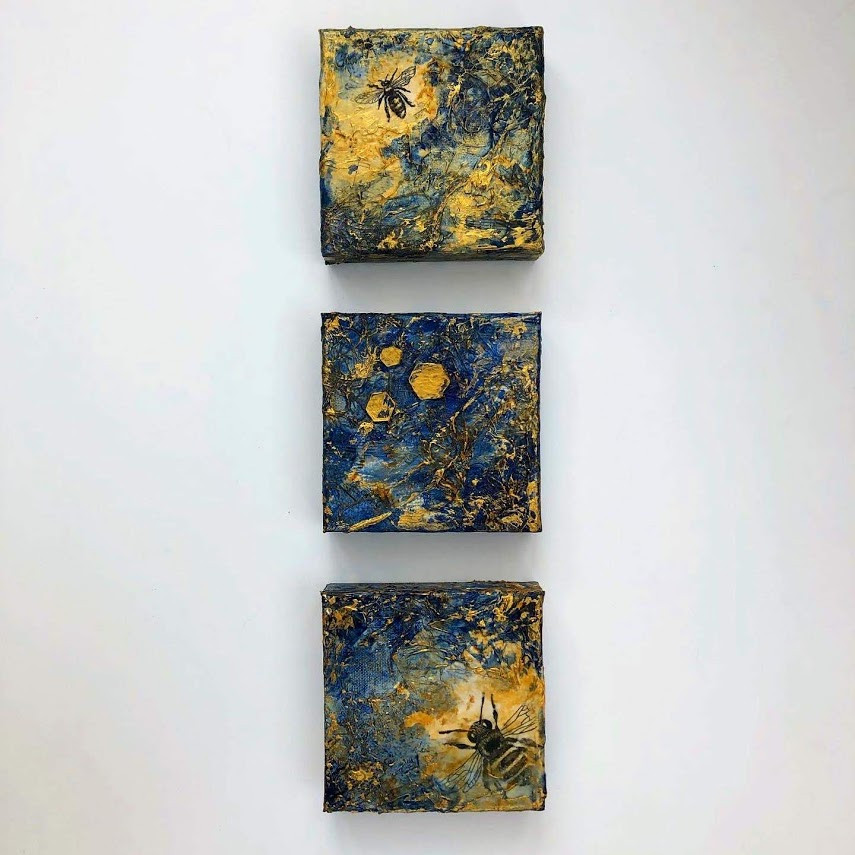 Textured Bees in Three