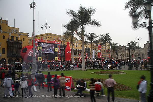 Plaza de Armas_Lima_Peru-2.jpg