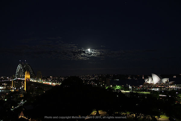 Partial Lunar Eclipse 21 Dec 2010-w.jpg