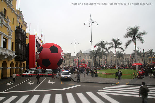 Plaza de Armas_Lima_Peru-1.jpg