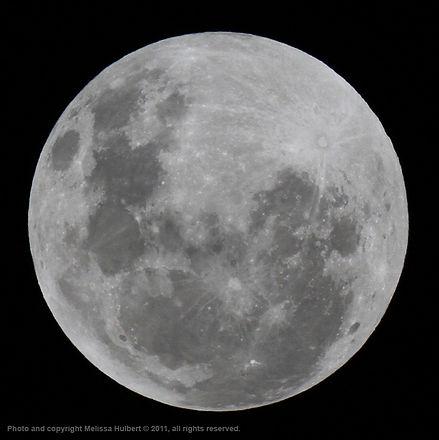 Moon-w.jpg