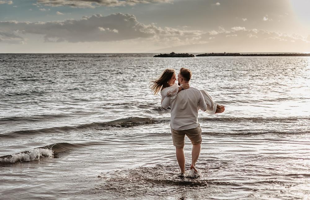 sesja pary na plaży fotograf polski na teneryfie kamila zienkiewicz