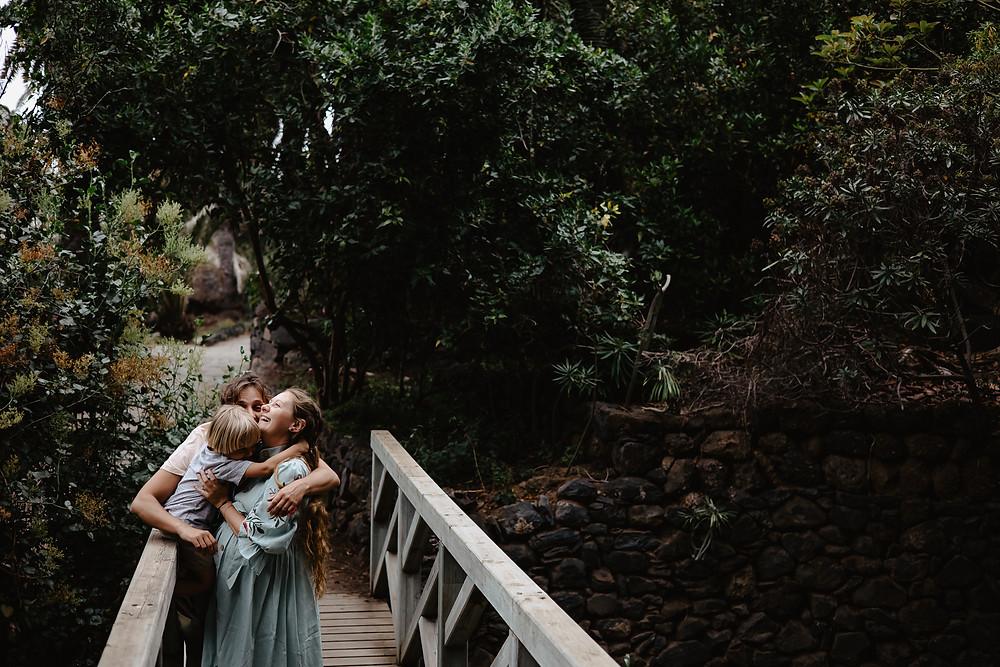 sesja rodzinna w lesie, las palmowy teneryfa rambla de castro
