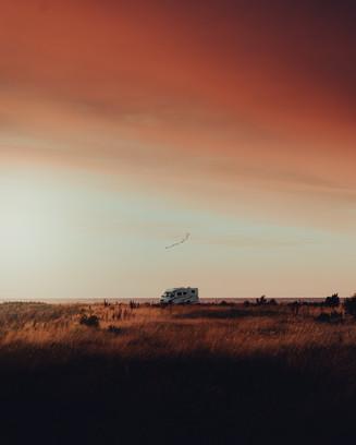 Karavan loojangulisel Saaremaal