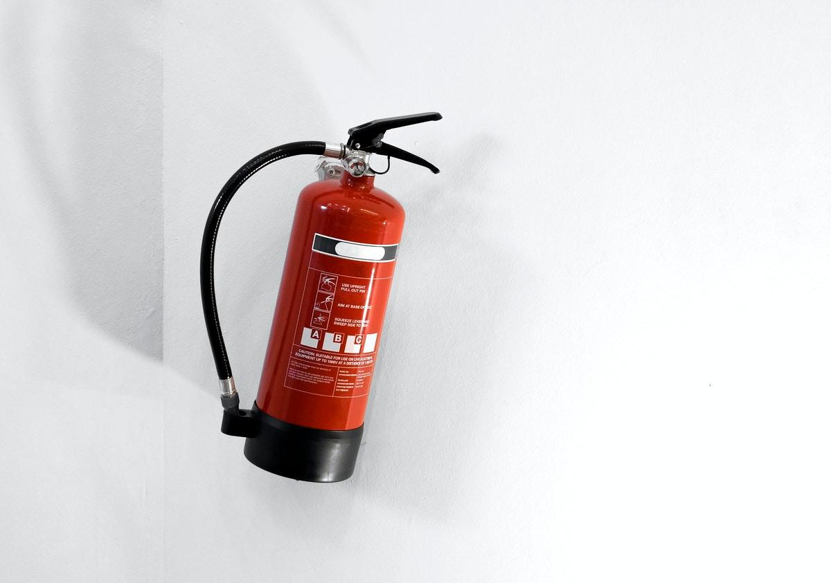 Advies over gevaarlijke stoffen en brandveiligheid