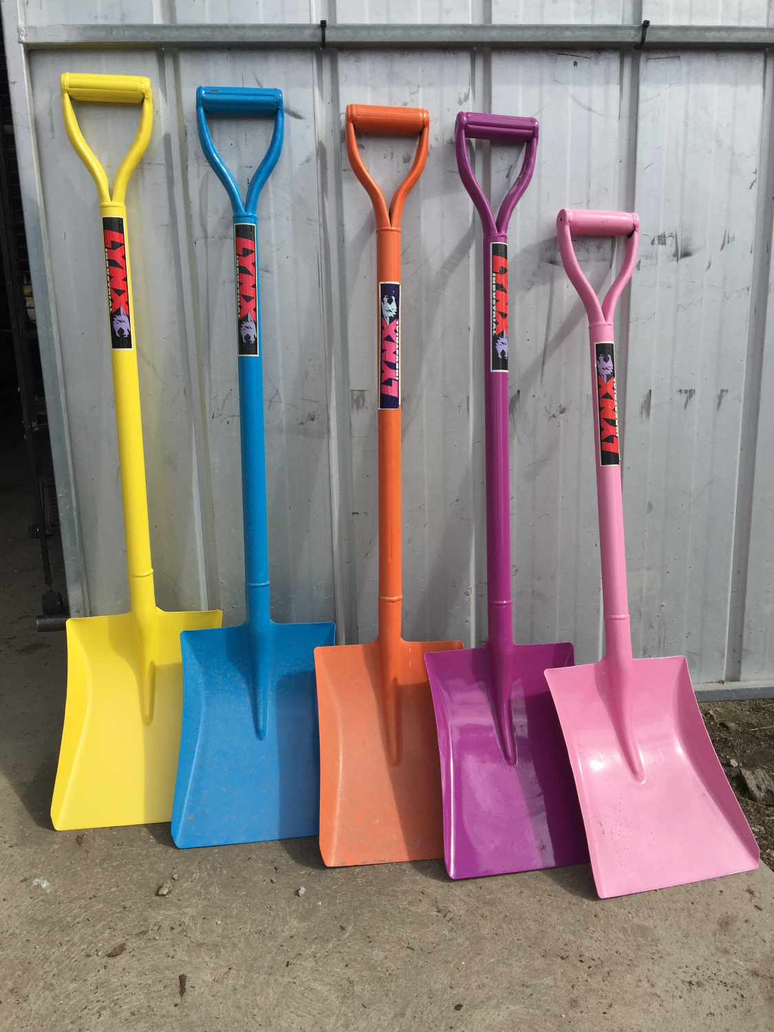 Coloured Shovels