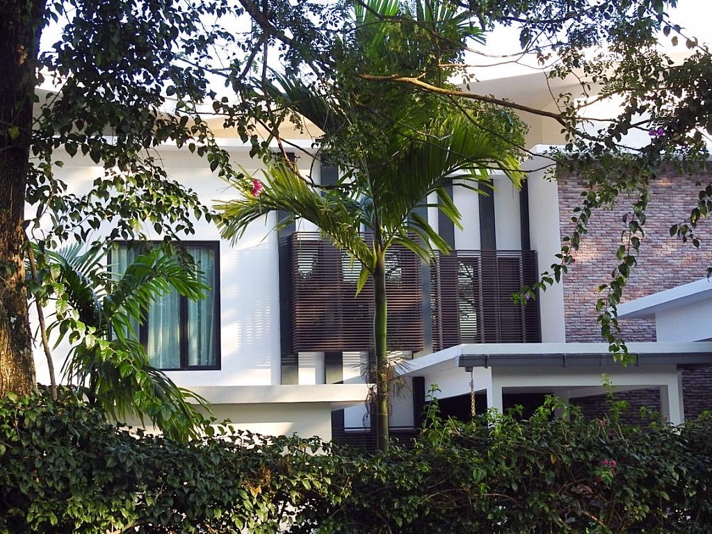 Villa Helang close up