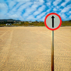omey_strand_island_road_sign_claddaghduf