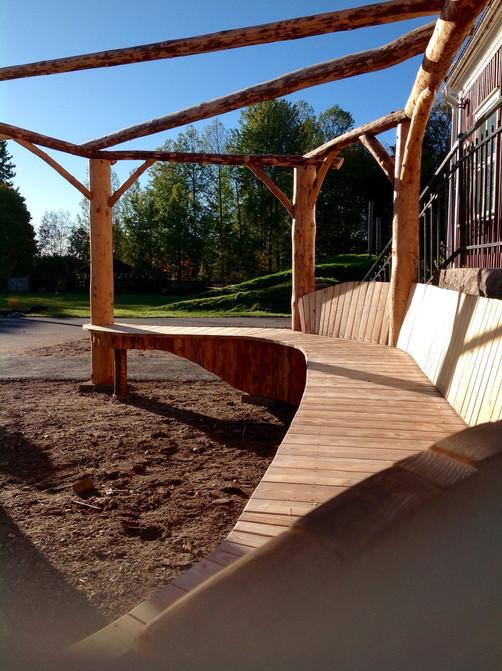 Wood work Backa Free school