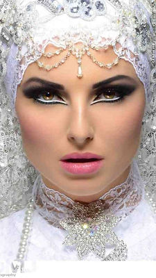 Arabic bollywood makeup corse