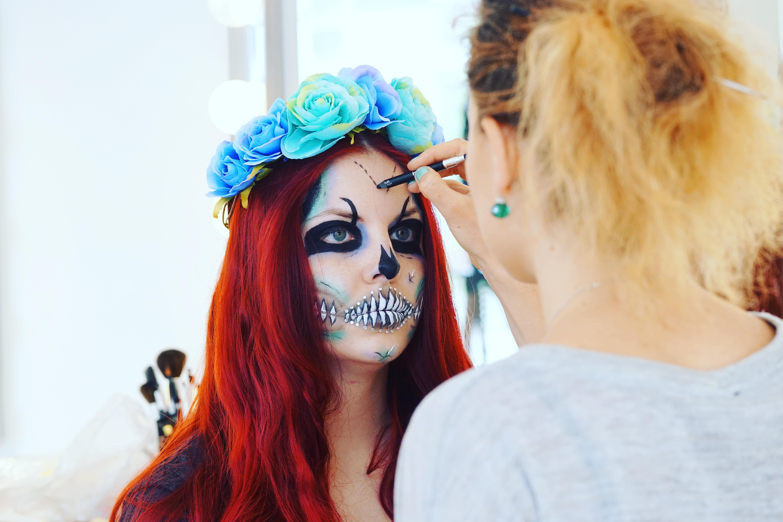 Makeup Artist Course Student Class