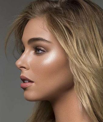 Strobbig Makeup