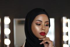 Airbrush Makeup Hijab Waneska 1.jpg