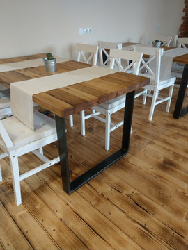 Barn Wood Oak Table