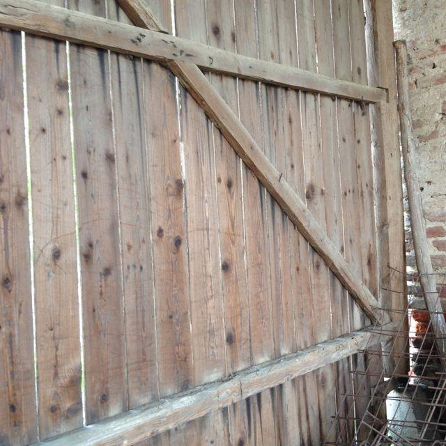 Barn door close-up