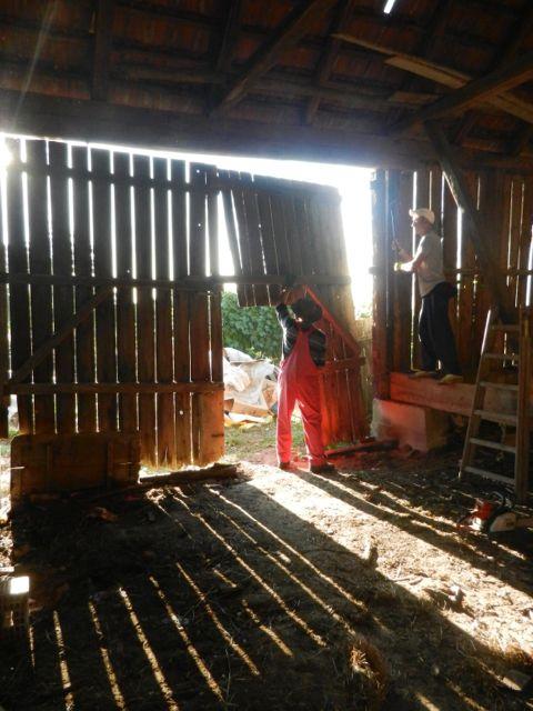 Tackling a large barn door