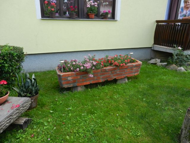 Brick Tiled planter