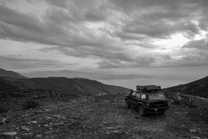 Korsika_Pass_am_Meer_duester-01_FB.jpg