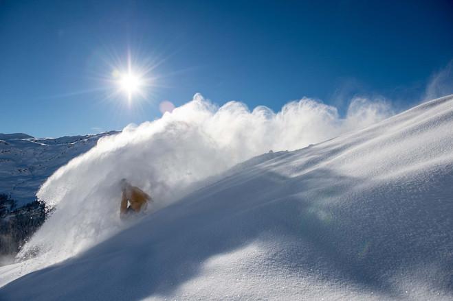 Snowboard_Stisa_Powderspray.jpg