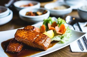 salmon-filet-dinner-at-local-foods-kitch