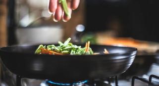 健康威胁:烹饪和清洁暗藏令人震惊的危险