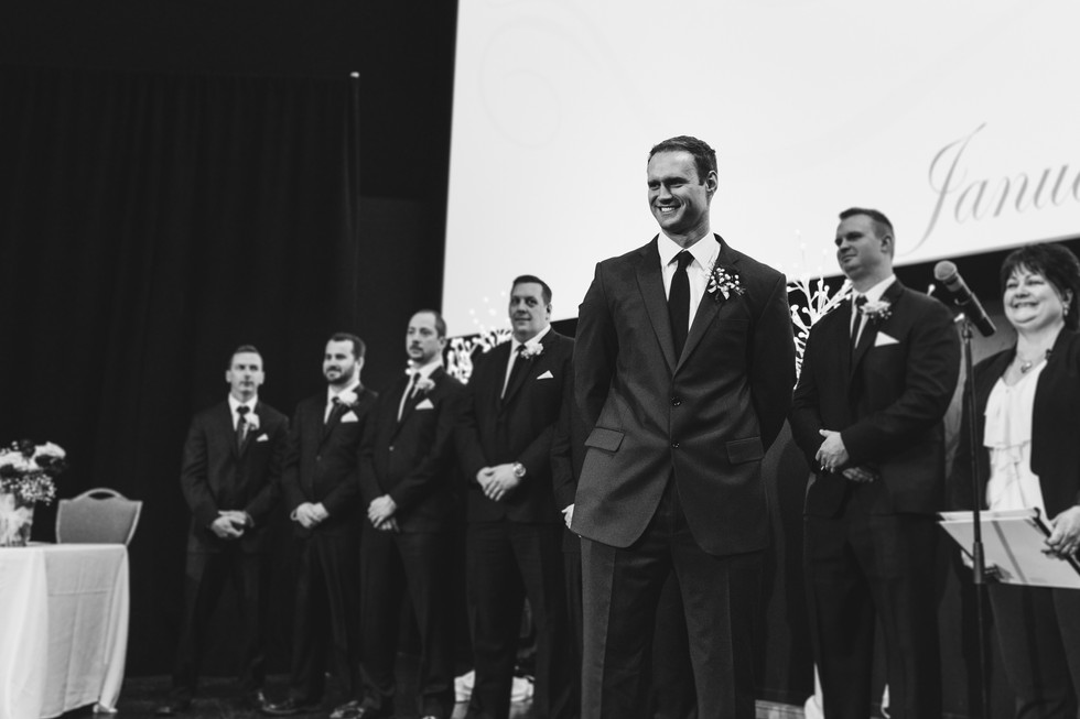 The Met Winnipeg Wedding-6231.jpg