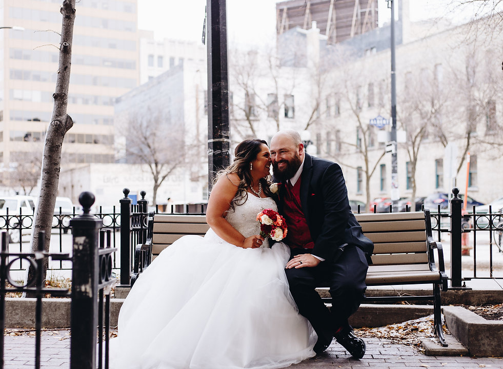 Winnipeg Wedding Photographer, Weddigs in Winnpeg, Krista Hawryluk Photography