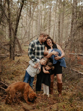 Whiteshell Homestead Family Session