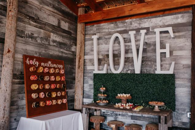 La Lune Wedding - donut wall- Krista Hawryluk Photography