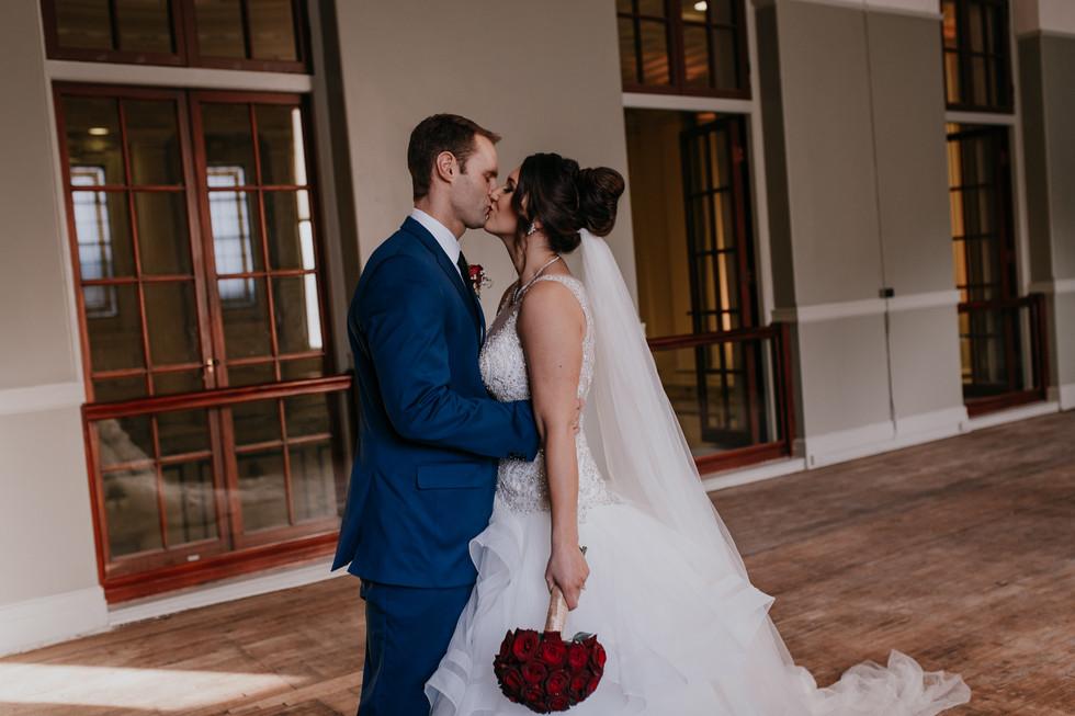 The Met Winnipeg Wedding-6581.jpg