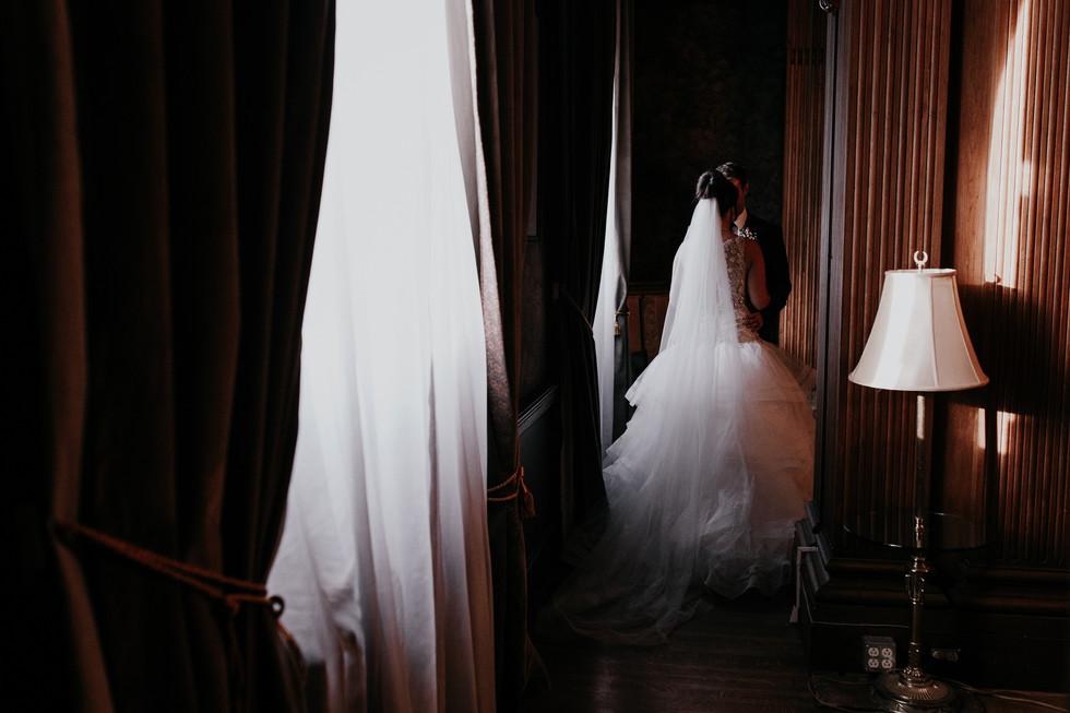The Met Winnipeg Wedding-6509.jpg
