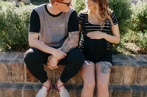 Aimee and Jordan - Winnipeg maternity photography - The Forks -4323.jpg