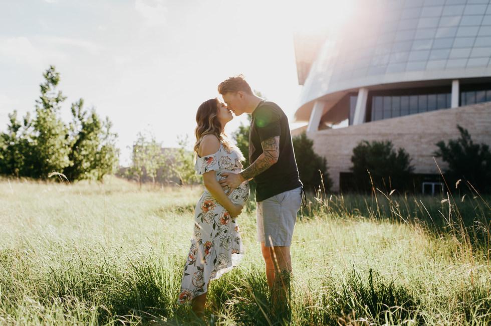 Aimee and Jordan - Winnipeg maternity photography - The Forks -4522.jpg
